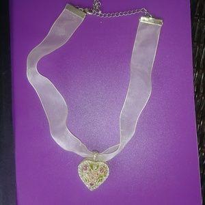 Jewelry - Silver heart locket choker necklace, NWoT